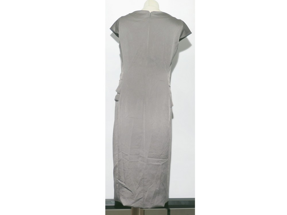 09483add16d Loading zoom. Previous. ROBE VALENTINO DE SOIREE TAILLE 44 ITALIEN 40  FRANCAIS GRIS GREY DRESS 3500€. Next